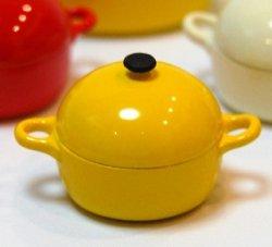 画像1: 西洋風鉄鍋・黄色・丸型